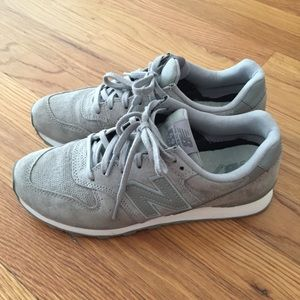 Pre-owned New Balance Sneakers